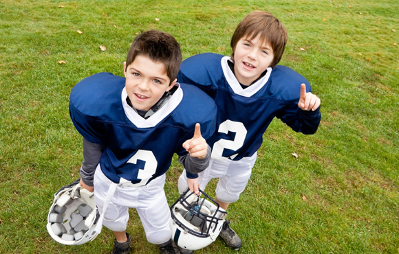 8 Benefits for Kids Who Play Football