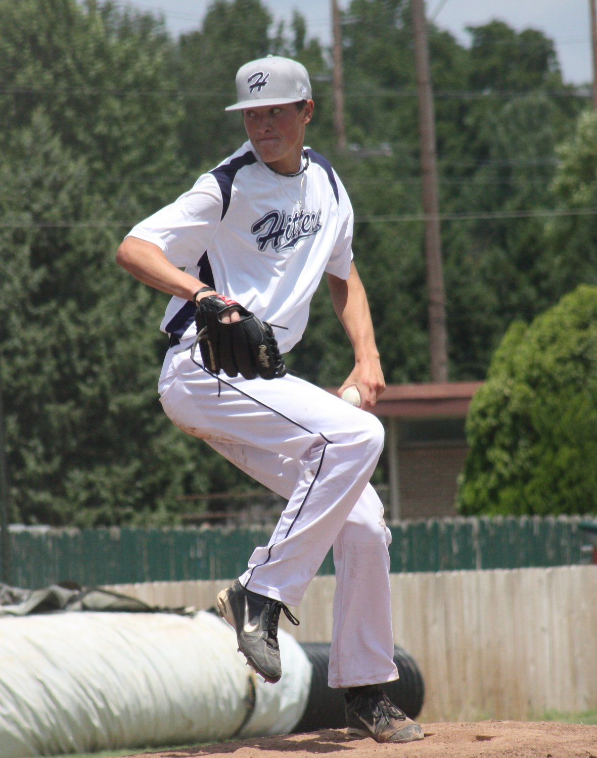 Evan Kruczynski pitching in the 2011 I94 League